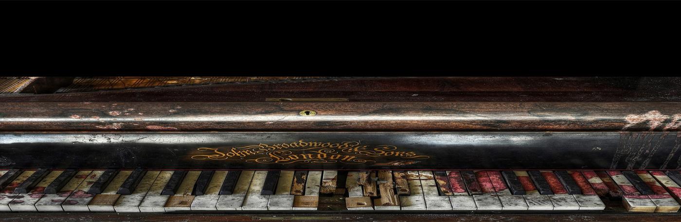 Dirty piano